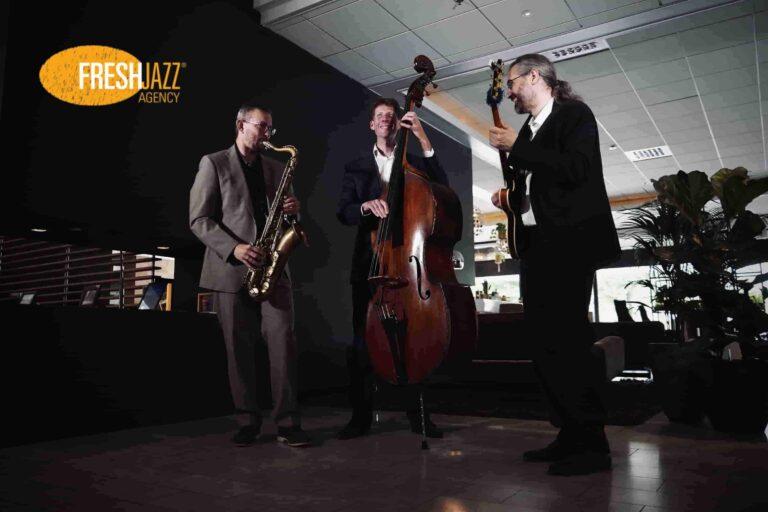 Jazz Trio Saxofoon Contrabas Gitaar Op Receptie | Fresh Jazz Agency